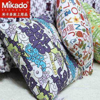 米卡多创意抱枕午睡枕沙发靠垫可爱抱枕简约风格靠枕帆布面料含芯